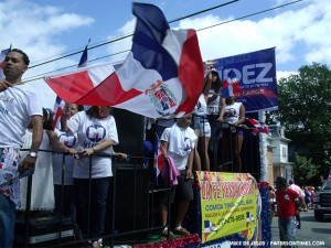 2013-dominican-day-parade-6-300x225.jpg