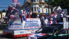 Dominican-Americans-gather-for-parade