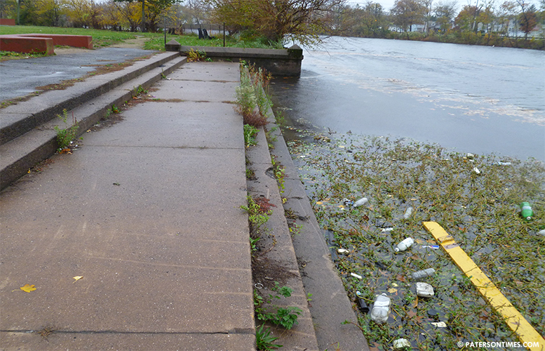 litter-passaic-river