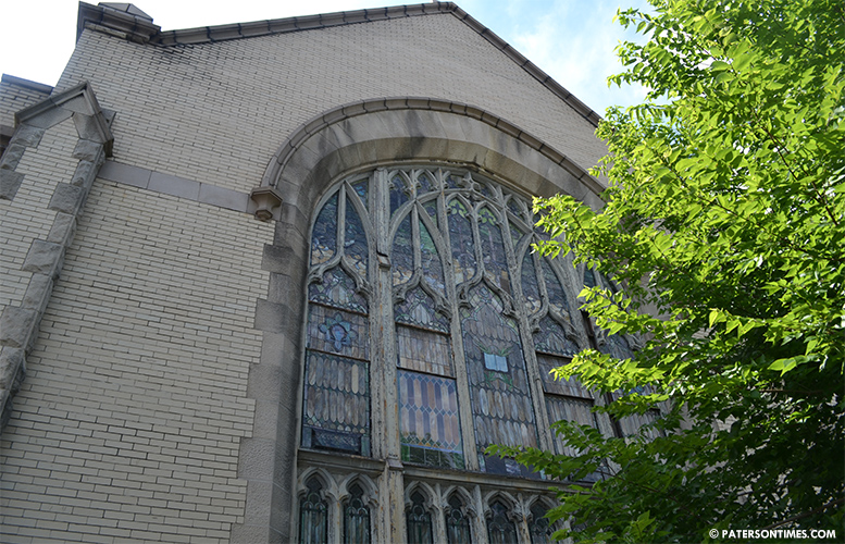 Christ-Church-United-Methodist-glass