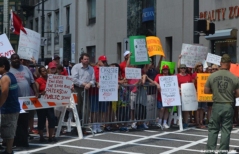 teachers-protest-christie