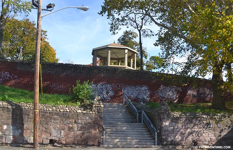 roberto-clemente-park