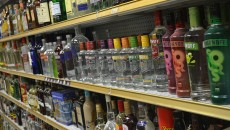 liquor-shop-shelf