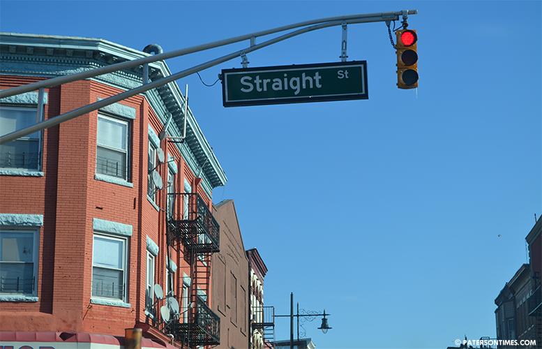 straight-street-inside-sandy-hill-sid
