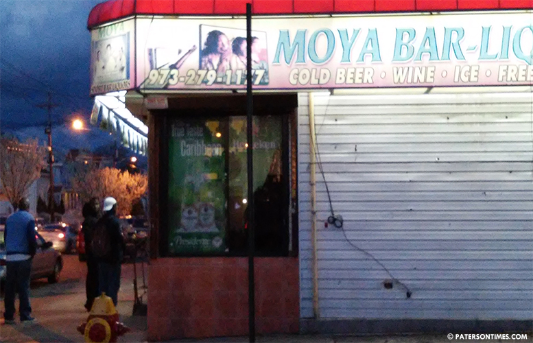 moya-bar-liquor