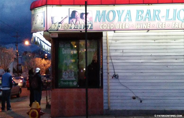 moya-bar-liquor