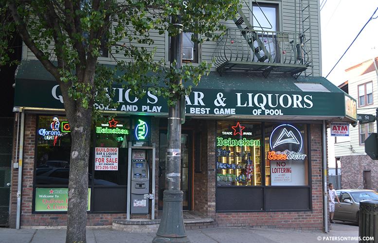 Quilvios-bar-and-liquor-main-street