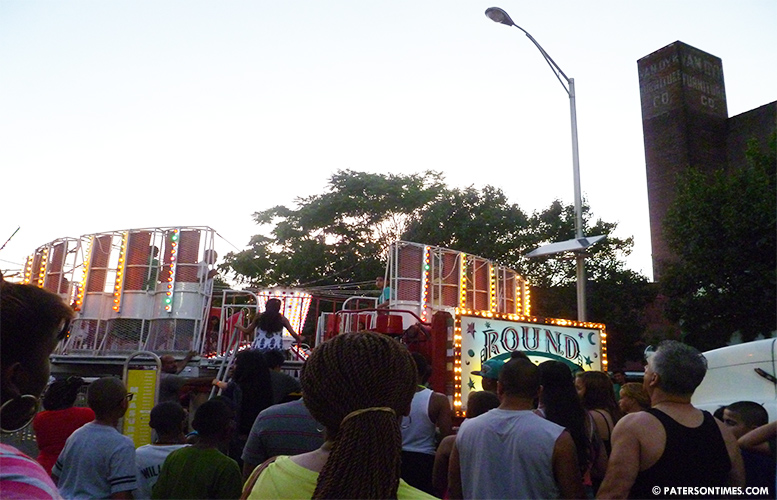 Downtown-Paterson-fireworks-extravaganza