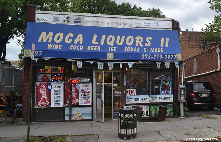 moca-liquors-broadway