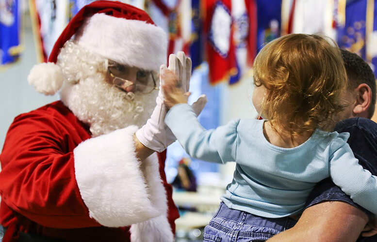 pictures-with-santa-claus