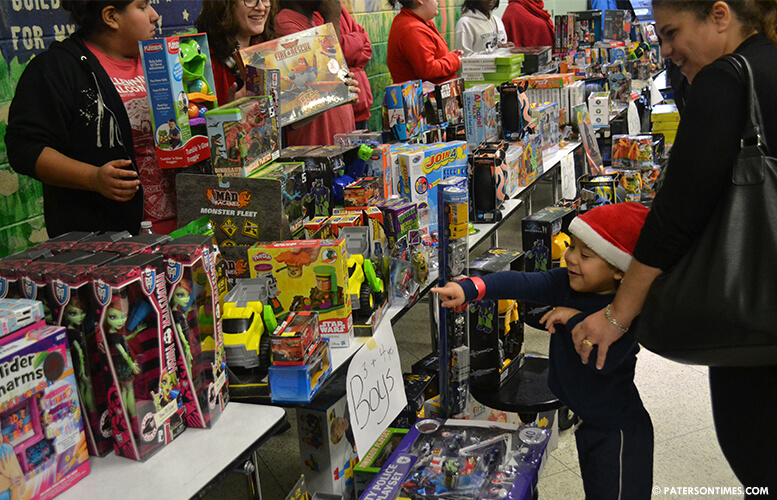 william-mckoys-toy-giveaway-year-12