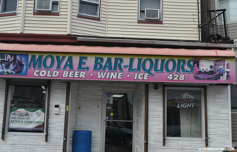 moya-liquor-east-18th-st-paterson