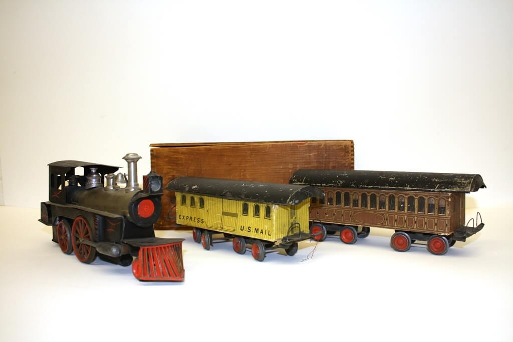 Beggs No. 3 Toy Locomotive with Storage Box, Passenger Car and U.S. Mail Car, c. 1889. Courtesy of New Jersey State Museum | Nicholas Ciotola.