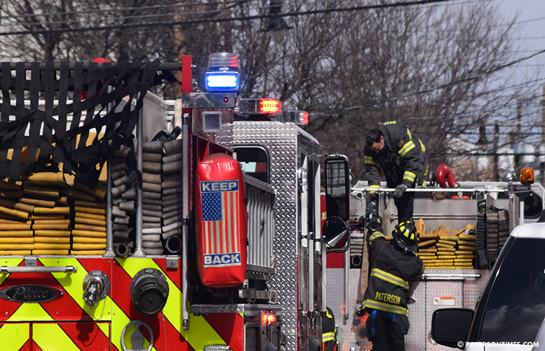 firefighter-at-union-avenue-electrical-fire