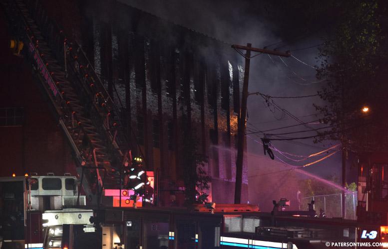 ryle-avenue-mill-building-fire
