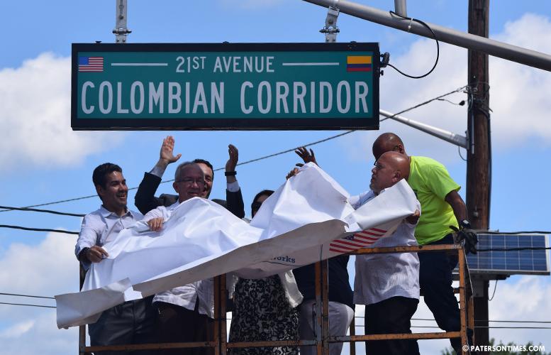 colombian-corridor