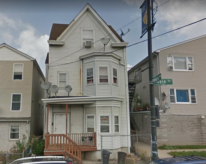 819-Main-Street