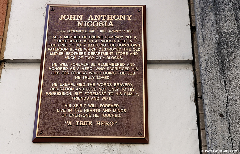 nicosia-plaque