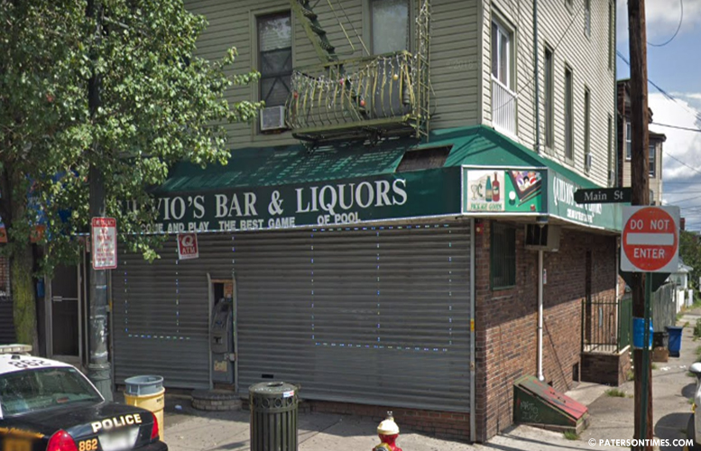 Quilvios-Bar-Main-Street