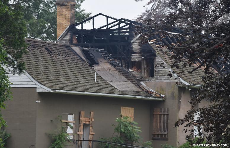 van-houten-house-fire
