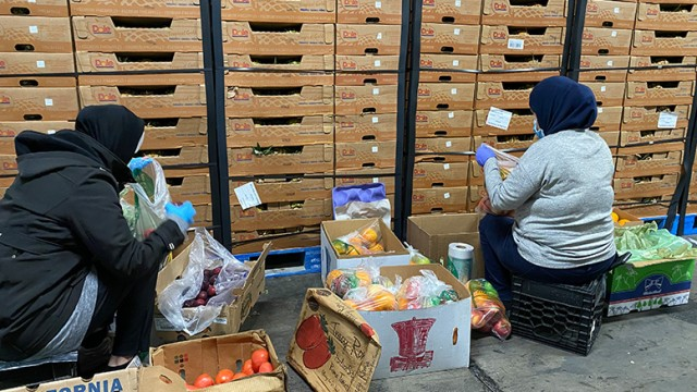 food-box-distribution