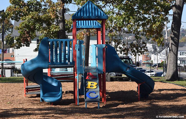 baer-park-playground